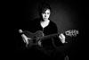 今回はアイアン・メイデン「Different World」、オランダのクラシック・ギター奏者トーマス・ズァイスンがカヴァー・パフォーマンス映像を公開