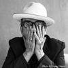エルヴィス・コステロ <Newport Folk Festival 2016>のフルセット・ライヴ音源64分を公開