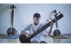 プログレ・メタル・カヴァーで話題を集める20歳のシタール奏者、アニマルズ・アズ・リーダーズ「Arithmophobia」のカヴァーを公開