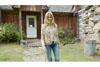 シェリル・クロウ、自宅で撮影した「The Difficult Kind」のパフォーマンス映像を公開