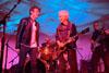 ザ・ドアーズのロビー・クリーガー 米TV番組『Front And Center』から「Riders On The Storm」のライヴ映像公開