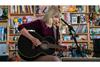 テイラー・スウィフト 米ラジオ番組『Tiny Desk Concert』でパフォーマンスを披露