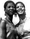 ナイジェリアの双子姉妹デュオ リジャドゥ・シスターズのKehinde Lijaduが死去、フェラ・クティのいとこ