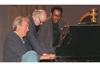 クリント・イーストウッド監督作品を数多く担当 ジャズ・サックス奏者/映画作曲家のレニー・ニーハウス死去
