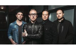 イエローカードがバンド解散へ、ラスト・アルバム&ワールド・ツアー後に活動終了
