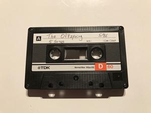 オフスプリングが86年5月に録音したデモテープ「5 Songs」の音源がネットに、未発表曲も