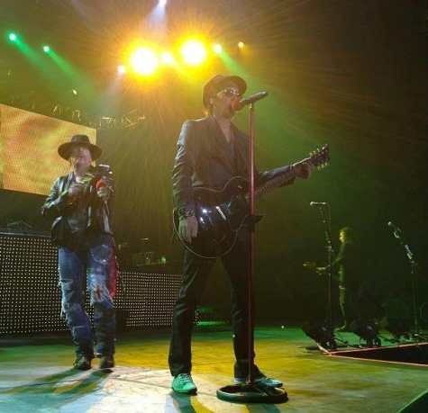 Guns N' Roses (with special guest Izzy Stradlin) @ O2 Arena London