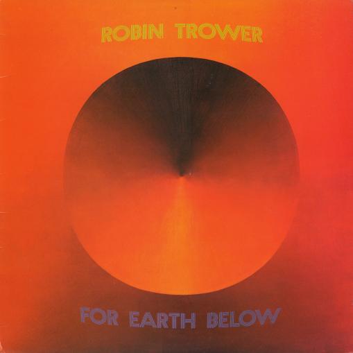 ロビン・トロワーの75年作『For Earth Below』がリマスター再発