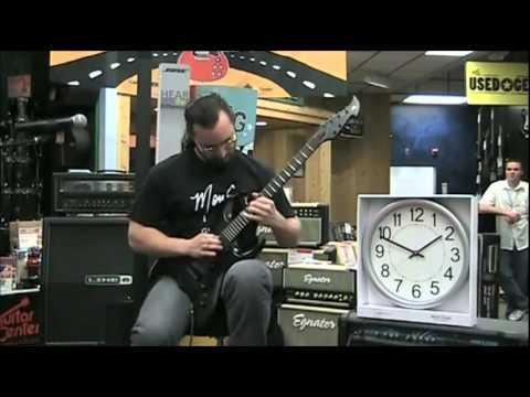 World Record: World's Fastest Guitar Player (600 BPM)
