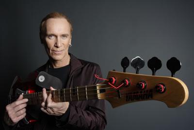 MR.BIGのビリー・シーンがベース・クリニックをNYの楽器店で開催、ハイライト映像がYouTubeに