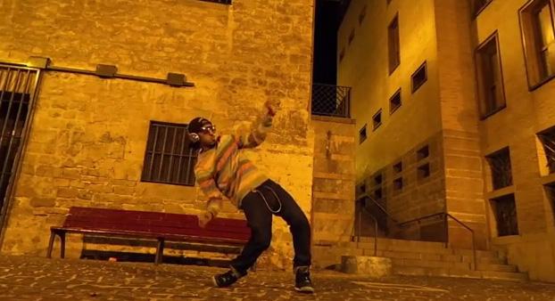 人気のダブステップ・ダンサー、マーキューズ・スコットの新たなパフォーマンス映像がYouTubeで話題に