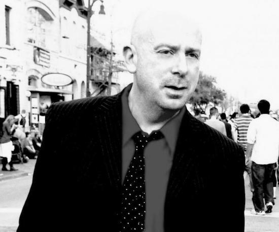 コクトー・ツインズ/Snowbirdのサイモン・レイモンドが「お気に入りのアルバム 13枚」を発表