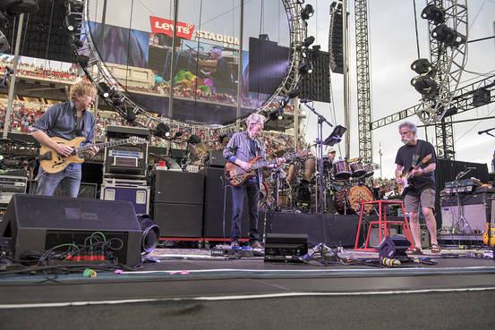 グレイトフル・デッド 復活コンサートの初日 6/27カリフォルニア公演のライヴ映像がYouTubeに