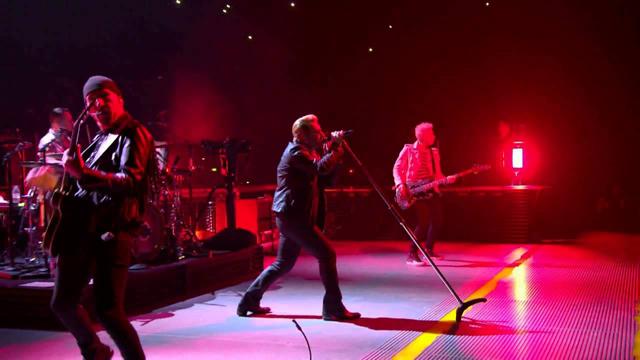 U2 12/6パリ公演のプロショット・ライヴ映像6曲がネットに