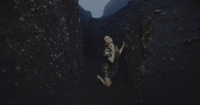 björk: black lake