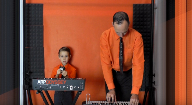Kraftwerk - The Robots (Hudson and Andrew cover)