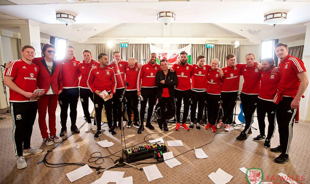 Manic Street Preachers and Euro 2016 Wales Team