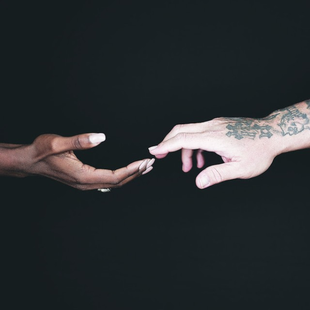 Various Artists / Hands - Single