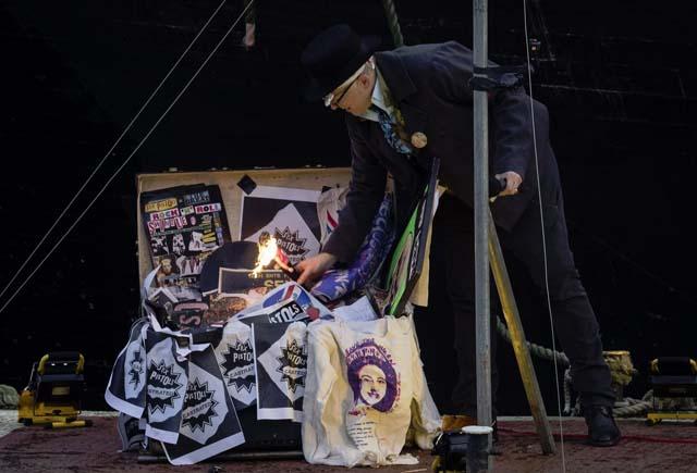 Joe Corre burns punk memorabilia worth £5m - Photograph: John Phillips/Getty Images