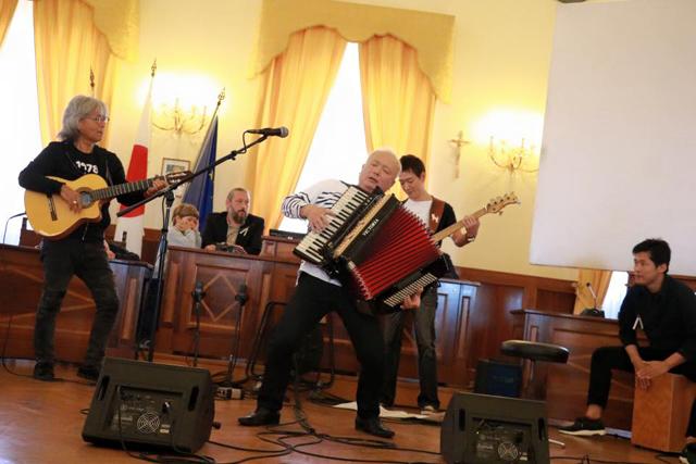 coba - イタリア・カステルフィダルド市 名誉市民 授与式