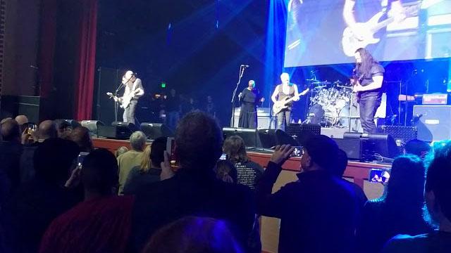 Joe Satriani, Phil Collen, John Petrucci, Neil Schon