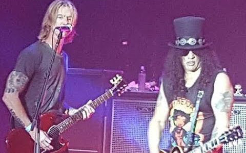 Slash ft. Myles Kennedy and the Conspirators with Duff McKagan