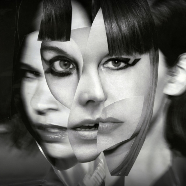 Sleater-Kinney / The Center Won't Hold
