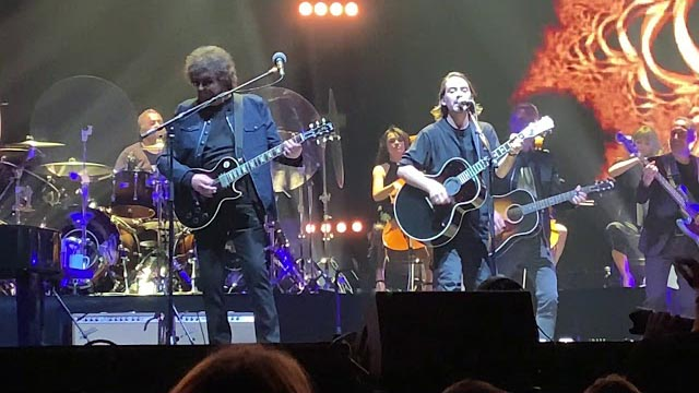 Jeff Lynn's ELO with Dhani Harrison