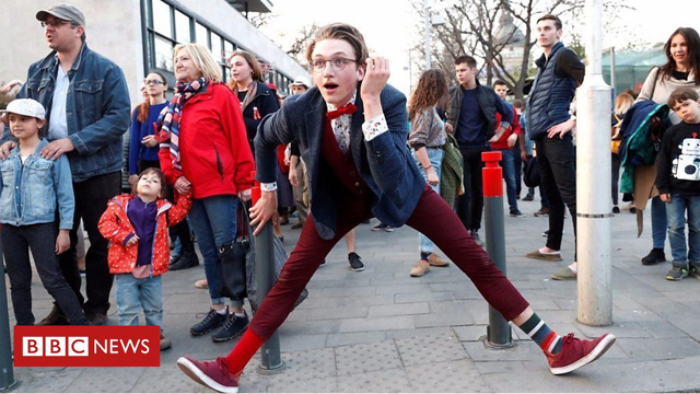 BBC - Hundreds take part in 'silly walk' parade