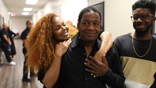 Janet Jackson surprises superfan in Las Vegas