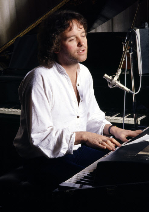 Eric Stewart - The Fender Rhodes electric piano