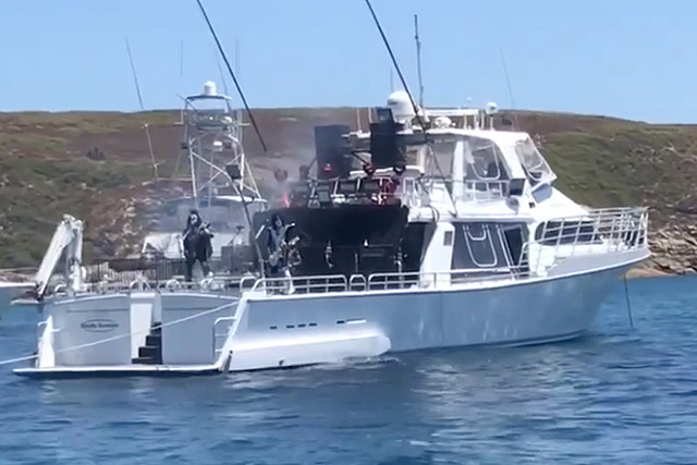 KISS - Concert For White Sharks In Australia