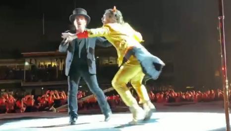 Bono and Super Bono