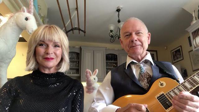 Toyah & Robert Fripp - When It's A Mystery meets King Crimson