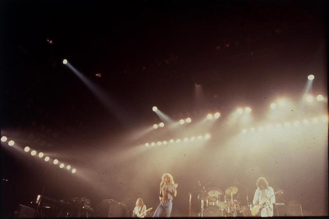 Led Zeppelin  - 1977.06.22 - Dogs of Doom Led Zeppelin