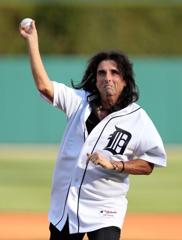 Alice Cooper - Los Angeles Angels of Anaheim v Detroit Tigers