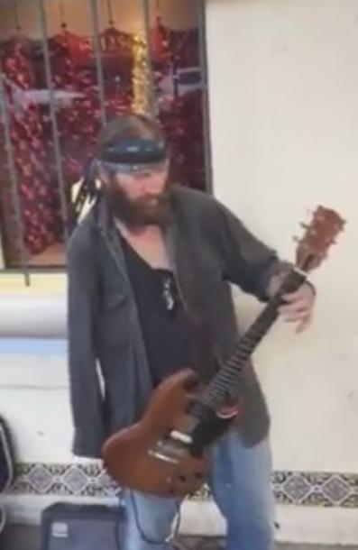One-Armed Guitarist Shreds Jimi Hendrix's