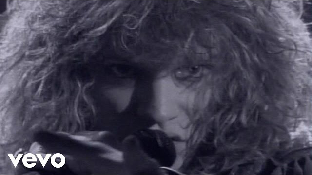 Bon Jovi - Livin' On A Prayer (Official Music Video)