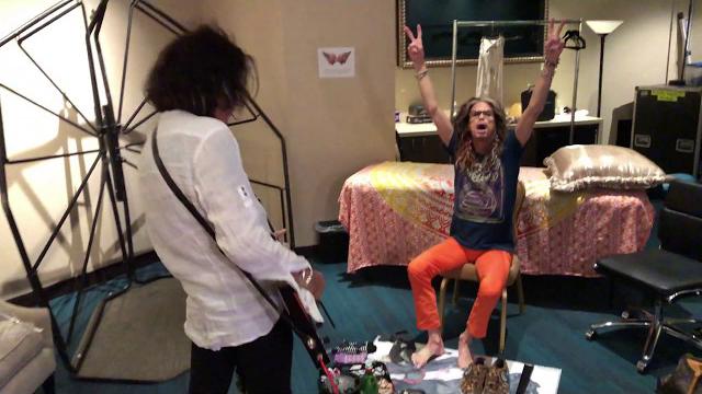 Aerosmith - Deuces Are Wild Las Vegas Backstage - Steven Tyler and Joe Perry