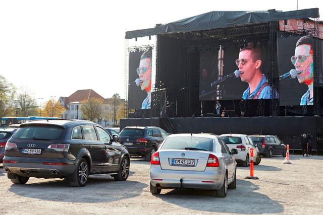 Mads Langer drive-in concerts - CREDIT: Mikkel Berg Pedersen/Ritzau Scanpix/AFP via Getty Images