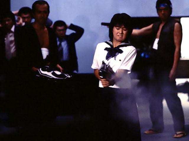 セーラー服と機関銃 (C)1981角川映画